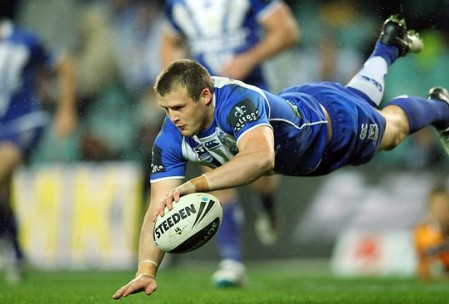 Canterbury's Josh Morris will be crucial to the Blues' hopes of containing Greg Inglis Source: www.news.com.au